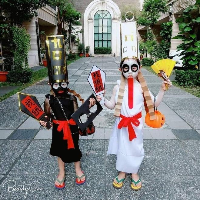 Cac em be chiu choi va man hoa trang 'dinh nhat' mua Halloween hinh anh 9