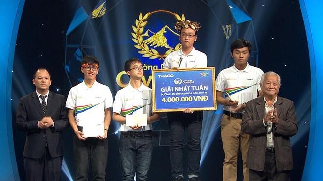 Ninh Thành Vinh(THPT Tây Thụy Anh, Thái Bình) là người chiến thắng cuộc thi tuần   Đường lên đỉnh Olympia. Ảnh: Fanpage Đường lên đỉnh Olympia.