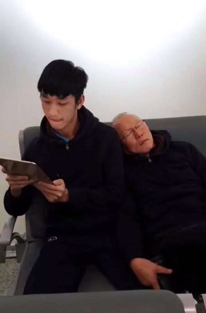Park Hang-seo: 'Ong bo' nghiem khac nhung day dang yeu cua DT Viet Nam hinh anh 6