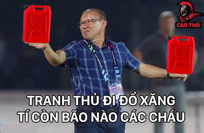 Anh che Lam Tay tiep tuc 'nhan roi' trong tran gap Campuchia hinh anh 8