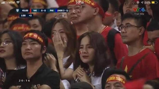 Nu CDV xinh dep tren san My Dinh: 'Viet Nam se thang 2-0 o chung ket' hinh anh 1