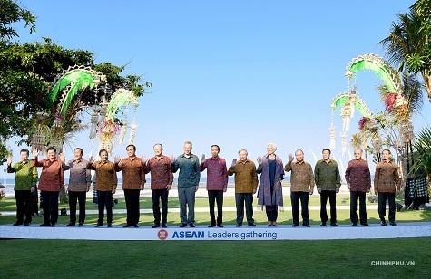 Thu tuong de nghi IMF, WB tu van canh bao rui ro kinh te cho ASEAN hinh anh 3