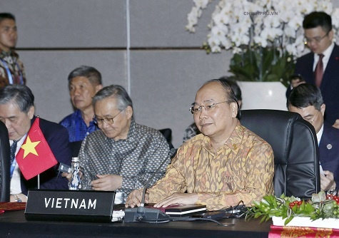 Thu tuong de nghi IMF, WB tu van canh bao rui ro kinh te cho ASEAN hinh anh
