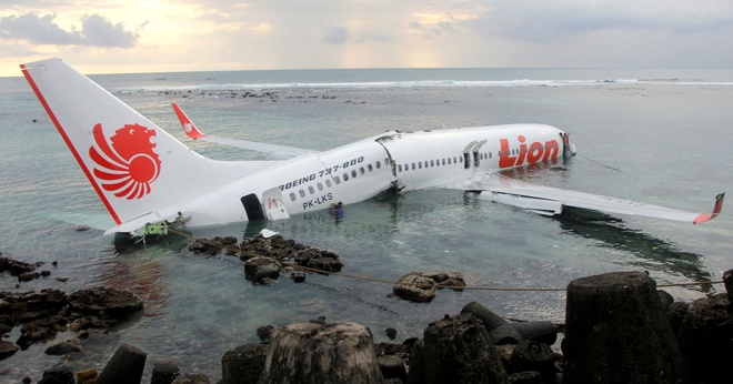 Kết quả hình ảnh cho máy bay Boeing 737 MAX 8 của hãng hàn