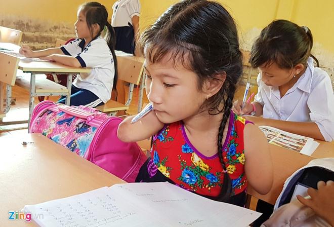 UNICEF: Hon 7% dan so VN la nguoi khuyet tat hinh anh