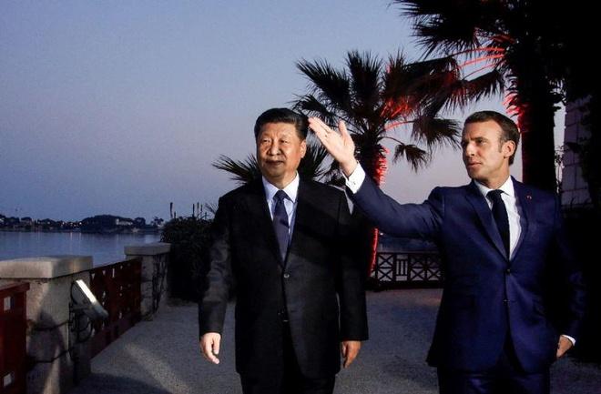 ong Tap va Tong thong Macron hoi dam anh 1