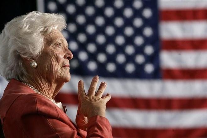 Barbara Bush khong ung ho Trump anh 1