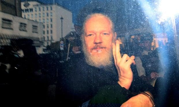 Nha sang lap Wikileaks doi mat muc an len toi 175 nam tu tai My hinh anh 1