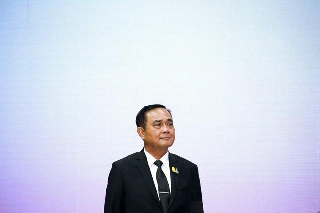 Tri hoan lap chinh phu moi, thu tuong Thai Lan canh bao ve dao chinh hinh anh 1