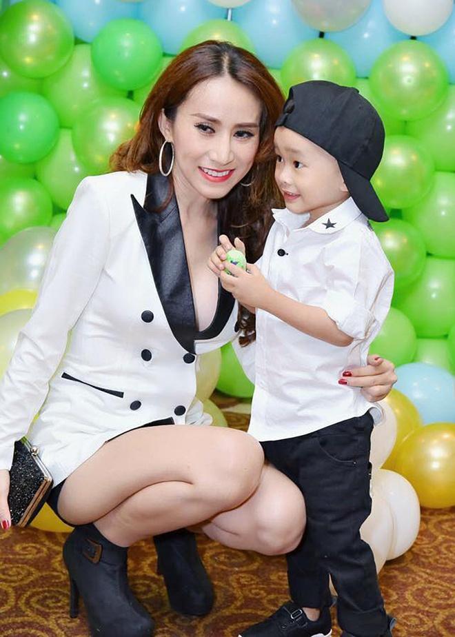 May Trang, Mat Ngoc: Ngay ay va bay gio hinh anh 8