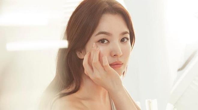 ve dep khong tuoi cua Song Hye Kyo anh 3