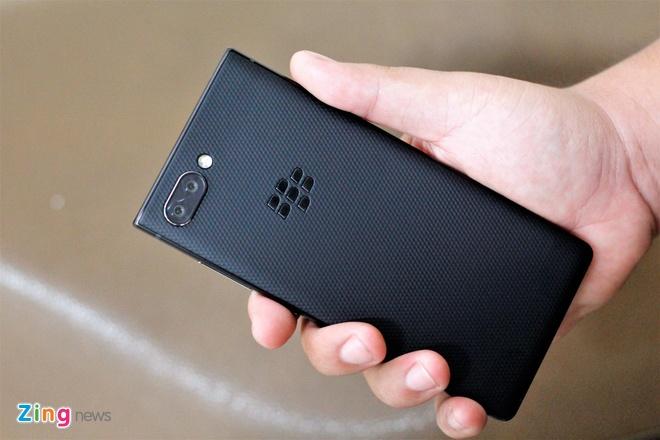 Trai nghiem BlackBerry KEY2 tai VN anh 1