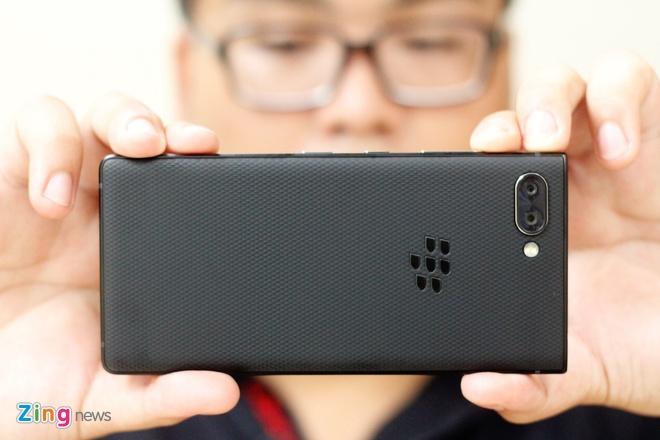 Trai nghiem BlackBerry KEY2 tai VN anh 10