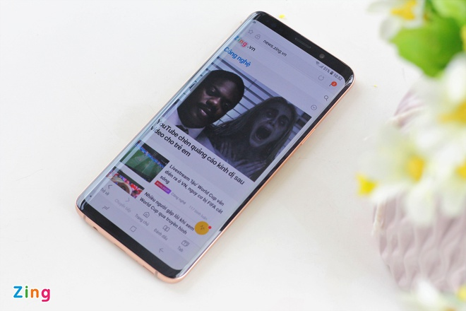 Anh thuc te Galaxy S9+ phien ban mau hoang kim tai VN hinh anh 6