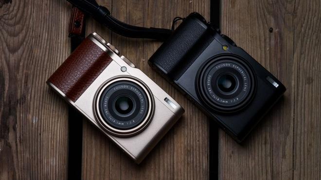 Fujifilm XF10 ra mat - cam bien lon nhung mat ban sac hinh anh