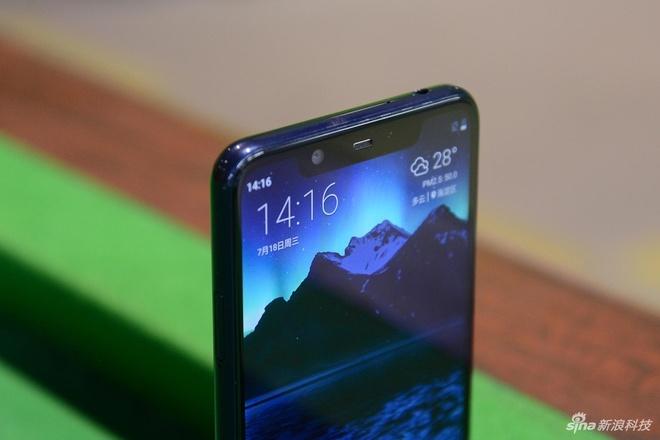 Nokia X5 ra mat - thiet ke giong iPhone X, gia tu 148 USD hinh anh 3