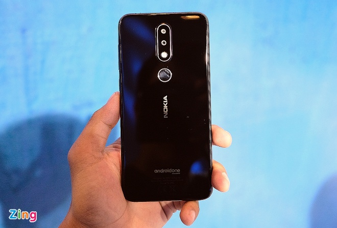 Nokia 6.1 Plus chay Android One, camera kep gia 6,6 trieu tai VN hinh anh 1