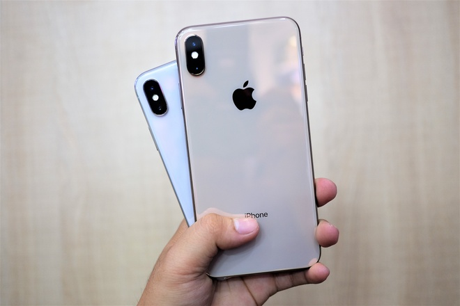 Gia iPhone XS Max 2 SIM re hon ban 1 SIM tai Viet Nam hinh anh