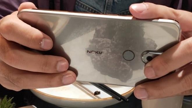 Nokia 7.1 Plus sap ra mat - camera kep, gia tam trung hinh anh