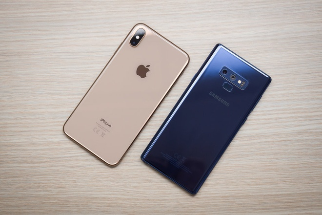 iPhone XS Max so gang Galaxy Note9, phan thang thuoc ve ai? hinh anh