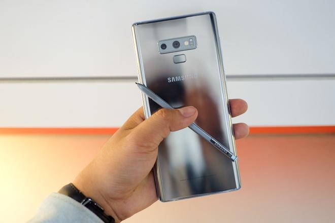 Chi tiet Galaxy Note9 mau bac khong ban chinh hang o VN hinh anh