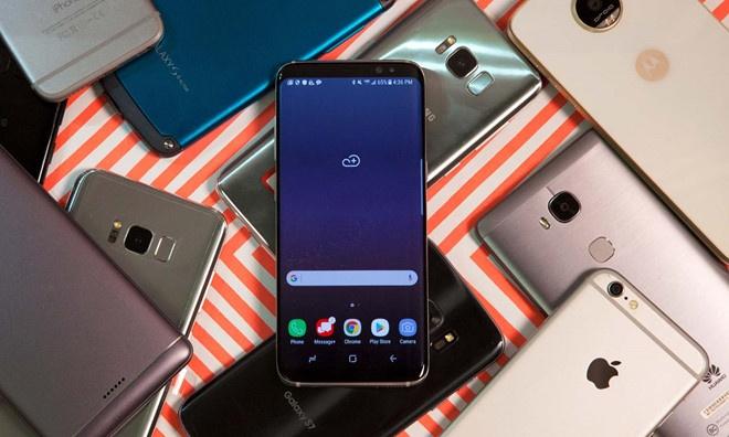 iPhone X, Galaxy A8, Nokia 6 giam gia manh trong thang 10 hinh anh