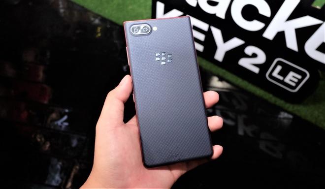 BlackBerry ra mat KEY2 LE tai VN, gia 11,8 trieu dong hinh anh