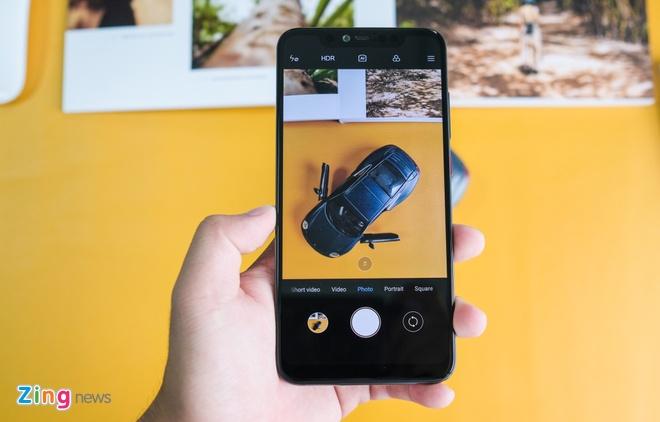 Chi tiet Xiaomi Mi 8 Pro vua ve VN - mat lung la, gia cao hinh anh 7