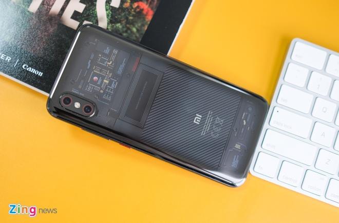 Chi tiet Xiaomi Mi 8 Pro vua ve VN - mat lung la, gia cao hinh anh 10