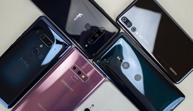 Loat smartphone noi bat nhat nam 2018 hinh anh
