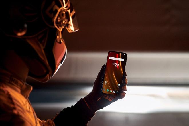 OnePlus 6T phien ban McLaren voi RAM 10 GB, gia 699 USD hinh anh 2