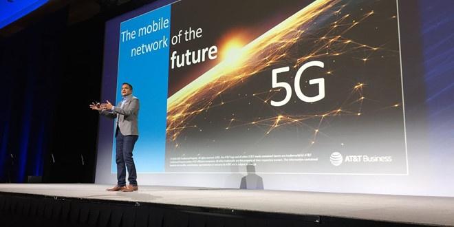 CES 2019 se tran ngap smartphone man hinh gap, cong nghe 5G hinh anh 8