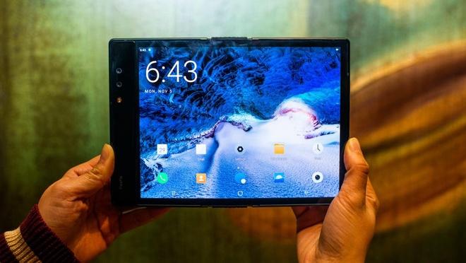CES 2019 se tran ngap smartphone man hinh gap, cong nghe 5G hinh anh 11