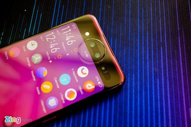 Chi tiet smartphone 2 man hinh, RAM 10 GB vua ve VN hinh anh 5