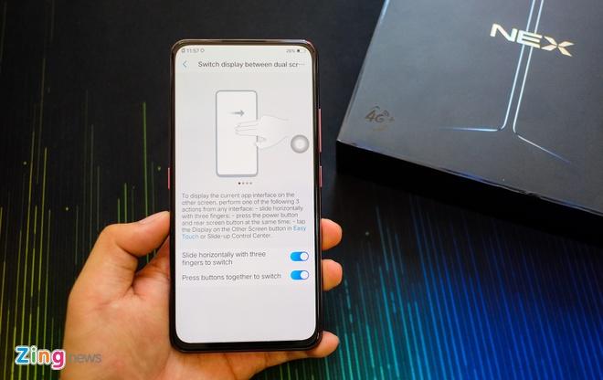 Chi tiet smartphone 2 man hinh, RAM 10 GB vua ve VN hinh anh 3