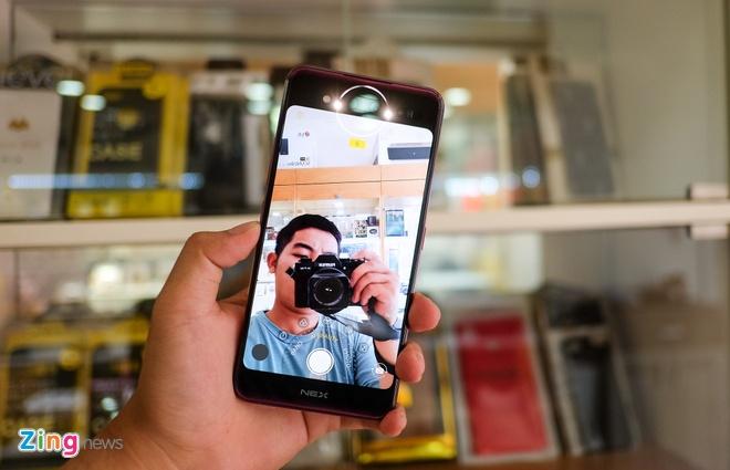 Chi tiet smartphone 2 man hinh, RAM 10 GB vua ve VN hinh anh 6