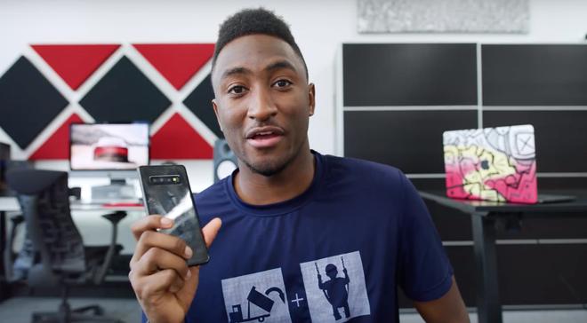 Galaxy S10 chua ra mat, blogger da dang video trai nghiem hinh anh 1