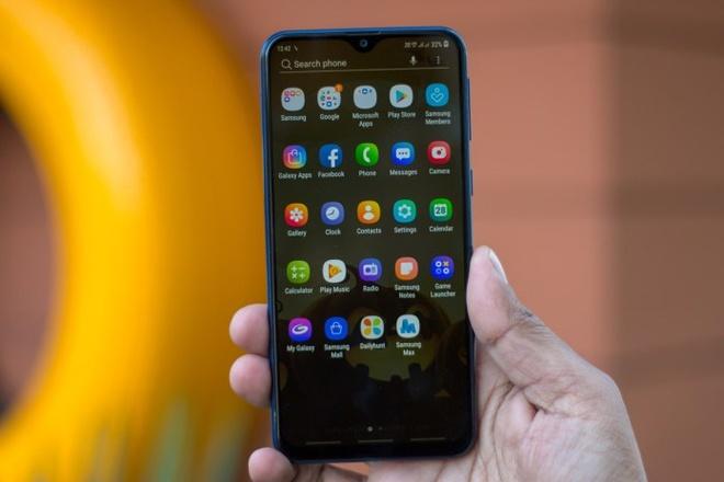 Samsung Galaxy M20 ve VN: Pin 5.000 mAh, camera kep, gia 5 trieu hinh anh 5