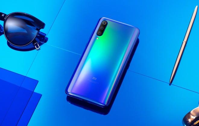 Xiaomi Mi 9 cau hinh manh lo dien, cho doi dau Samsung Galaxy S10 hinh anh 2