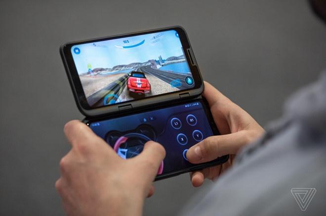 Nhung smartphone man hinh gap dau tien ra mat thi truong hinh anh 3