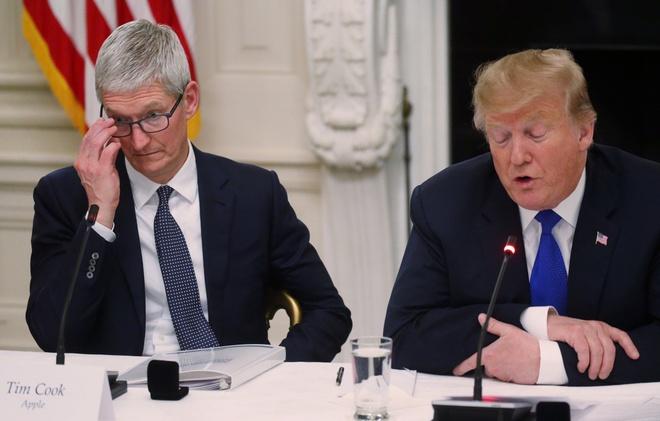 Nho ten sieu te, ong Trump goi Tim Cook la 'Tim Apple' hinh anh 1