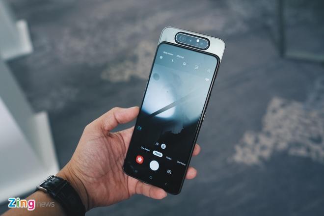Galaxy A80 camera xoay truot gia tu 14 trieu o VN, ban giua thang 5 hinh anh 2