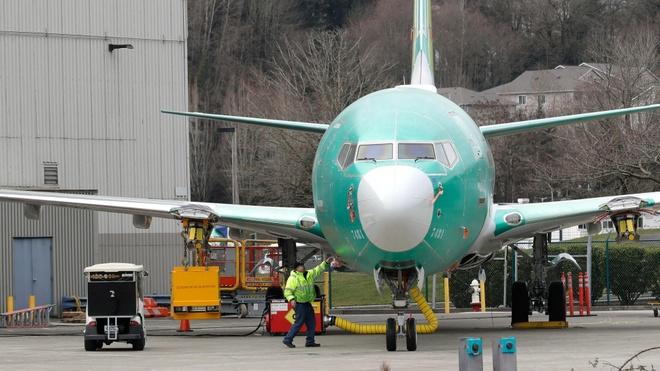 Quy trinh lap rap mot chiec Boeing 737 trong 9 ngay hinh anh