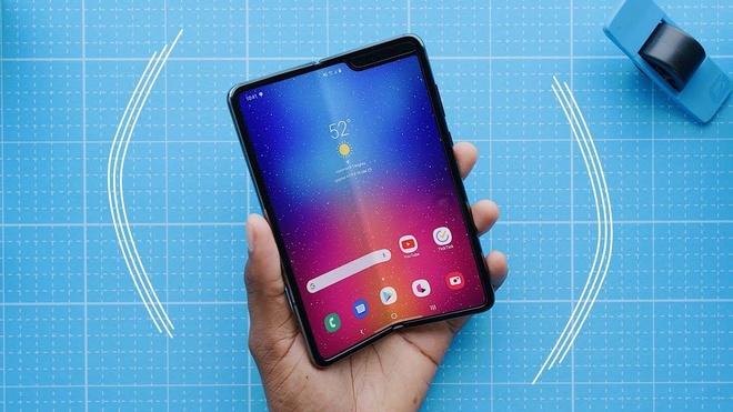 Samsung Galaxy Fold se tro lai vao thang 7 hinh anh 1