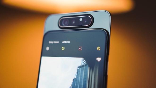 Loat smartphone thich hop de livestream, lam vlog hinh anh 1