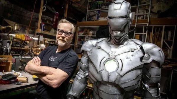 Che tao bo giap Iron Man ngoai doi thuc, co the bay va chong dan hinh anh