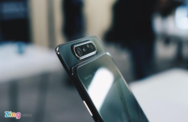 Galaxy A80 len ke tai VN - camera truot xoay, gia 15 trieu dong hinh anh 1