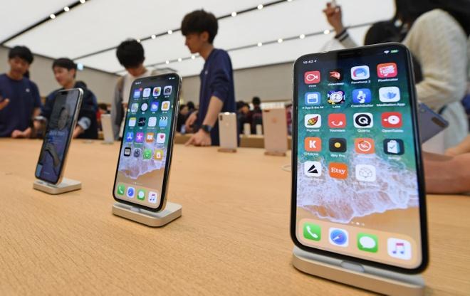 iPhone ban cham, Apple day manh phat trien dich vu tai Trung Quoc hinh anh 1