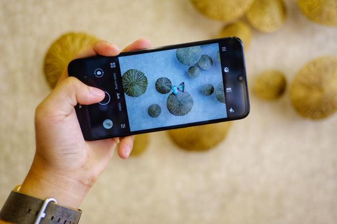 smartphone dang chu y duoi 3 trieu dong anh 2