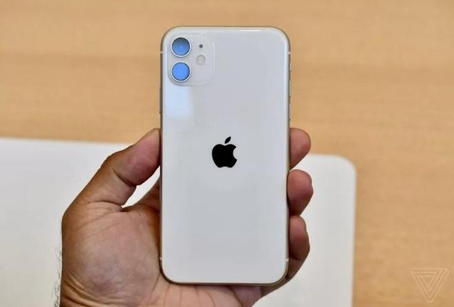 Anh thuc te iPhone 11 - gia tu 699 USD, nhieu mau, camera nang cap hinh anh 1